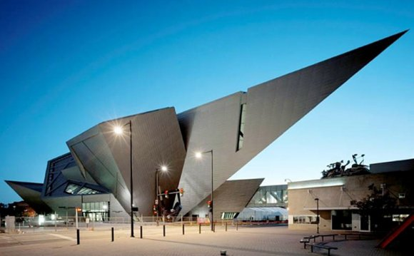 Daniel Libeskind: 17 words of