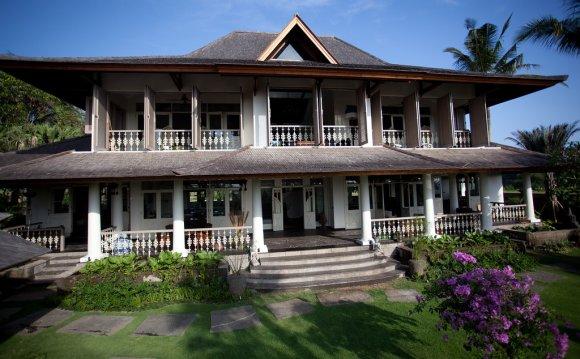 Villa Saparua is a two-story