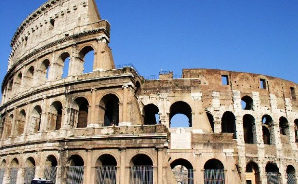 Colosseum_03.jpg