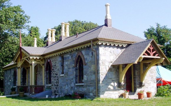 Fairmount Park Houses:
