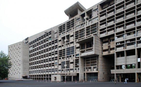 Secretariat building (1953)