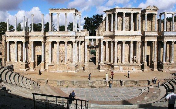 Roman theatre (structure)