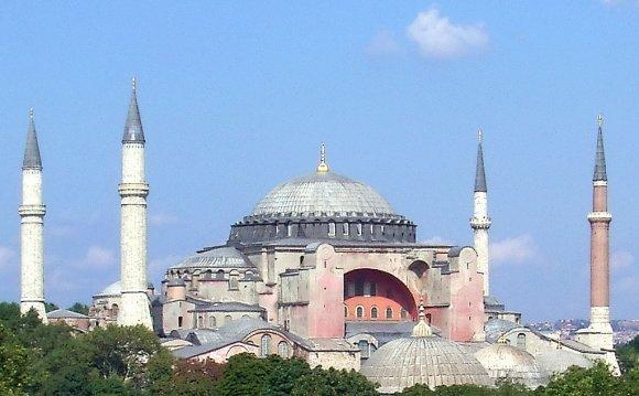 Byzantine architecture[edit]