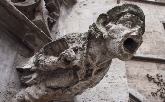 Screaming gargoyle, Munich