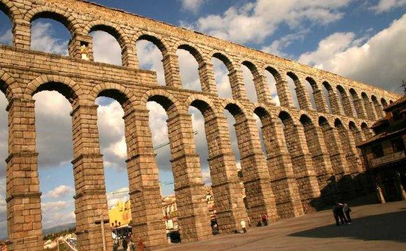 10. Aqueduct of Segovia