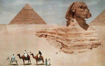 A vintage photo reveals the epic scope of ancient Egypt's early monuments. (Photo by Hans Hildenbrand)