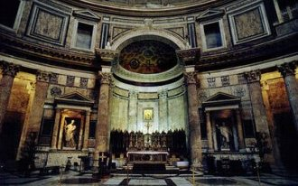 Image: High altar — Using the design of Alessandro Specchi, Pope Clement XI (1700-1721) rebuilt the high altar and apse in the sanctuary.