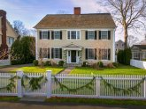 Colonial homes style Pictures