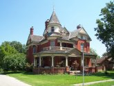 Victorian House style characteristics