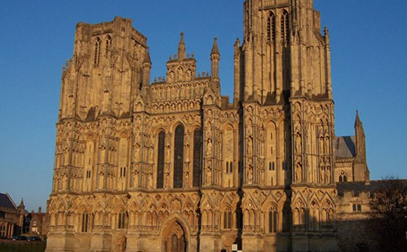 Famous buildings in England